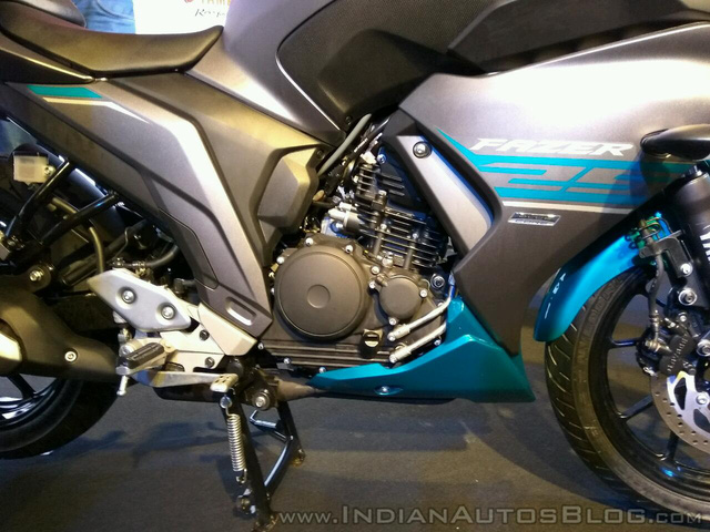 Mô tô bình dân Yamaha Fazer 25 chính thức trình làng, giá từ 45,5 triệu Đồng - Ảnh 3.