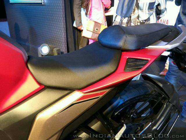 Mô tô bình dân Yamaha Fazer 25 chính thức trình làng, giá từ 45,5 triệu Đồng - Ảnh 11.