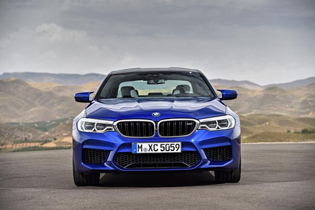 Sedan hiệu suất cao BMW M5 2018 chính thức được vén màn - 13