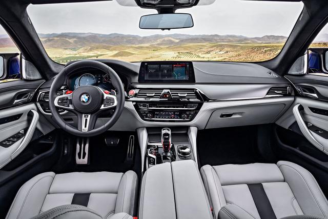 Sedan hiệu suất cao BMW M5 2018 chính thức được vén màn - 15