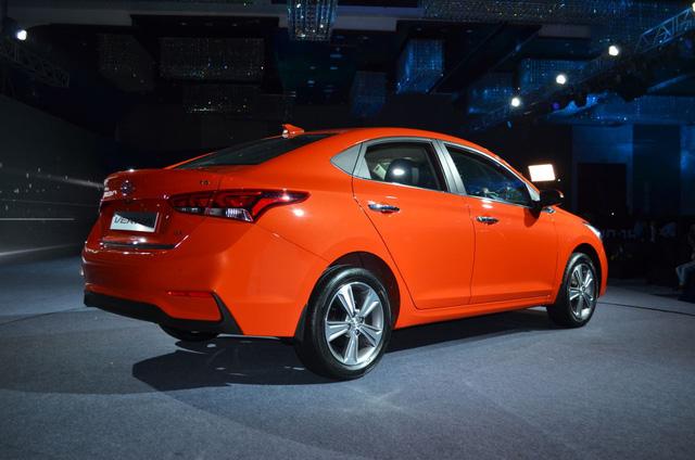 Phát thèm với xe chưa đến 300 triệu Đồng Hyundai Verna 2017 vừa ra mắt Ấn Độ - Ảnh 18.