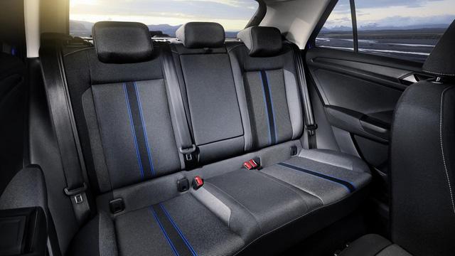 Volkswagen T-Roc - Crossover 5 chỗ hoàn toàn mới, cạnh tranh Honda HR-V và Mazda CX-3 - Ảnh 11.