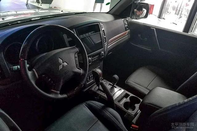 Phiên bản mới của Mitsubishi Pajero - SUV 7 chỗ không ai thèm mua tại Việt Nam - chính thức trình làng - Ảnh 6.