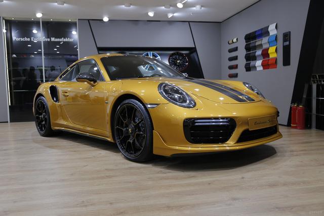 Porsche 911 Turbo S Exclusive Series có giá chỉ hợp với nhà giàu tại đất nước tỷ dân - 02