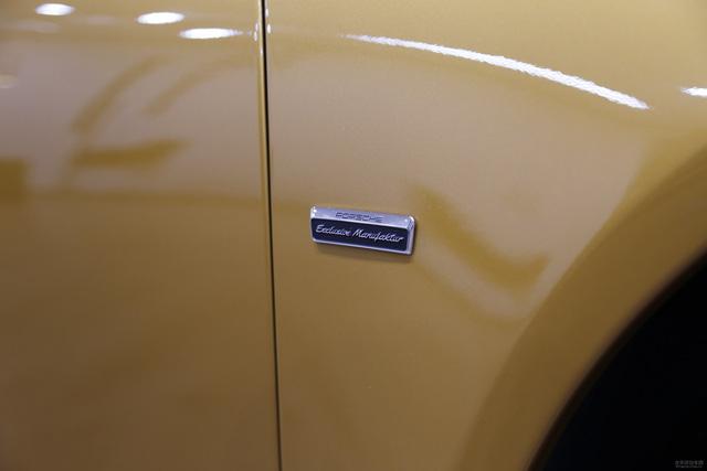 Porsche 911 Turbo S Exclusive Series có giá chỉ hợp với nhà giàu tại đất nước tỷ dân - 10