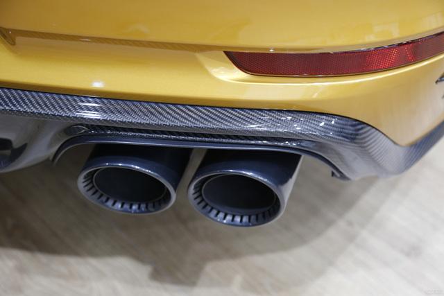 Porsche 911 Turbo S Exclusive Series có giá chỉ hợp với nhà giàu tại đất nước tỷ dân - 12