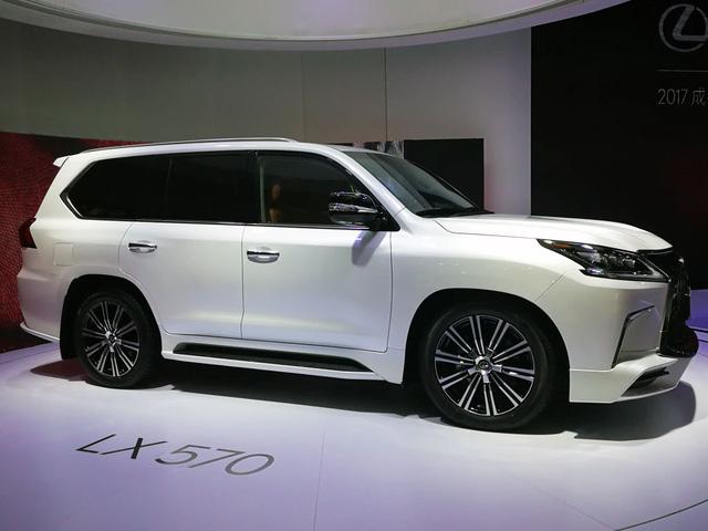 Chuyên cơ mặt đất Lexus LX570 Superior chính thức ra mắt châu Á, giá từ 5 tỷ Đồng - Ảnh 8.