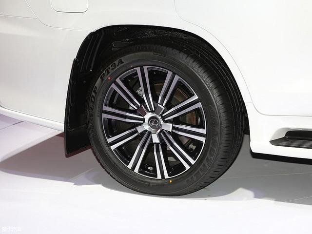 Chuyên cơ mặt đất Lexus LX570 Superior chính thức ra mắt châu Á, giá từ 5 tỷ Đồng - Ảnh 4.