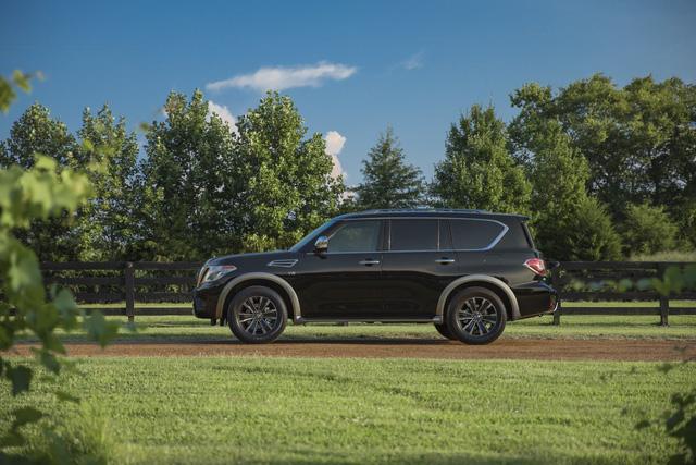 SUV 8 chỗ Nissan Armada 2018 trình làng với công nghệ mới, đối đầu Toyota Sequoia - Ảnh 9.