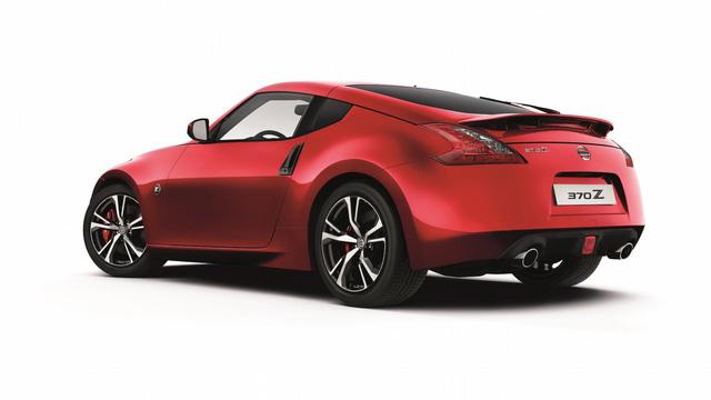 Xe thể thao già nua Nissan 370Z được nâng cấp nhẹ - Ảnh 3.