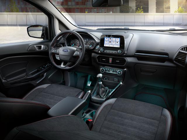 Ford giới thiệu SUV đô thị EcoSport 2018 chỉ tiêu thụ 4,5 lít nhiên liệu cho 100 km - Ảnh 8.