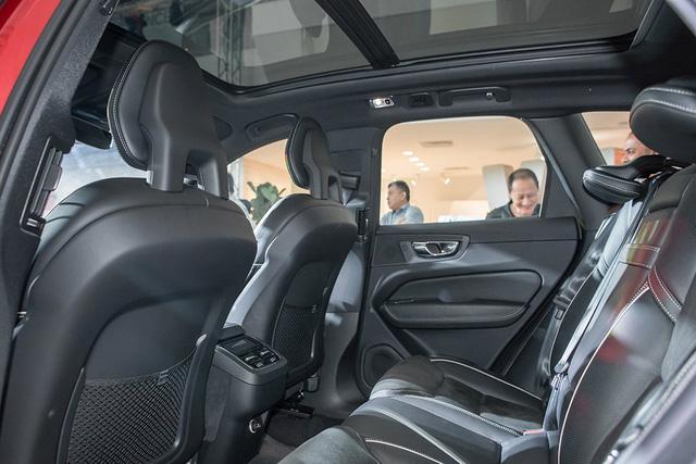 Crossover cao cấp Volvo XC60 2018 cập bến Đông Nam Á với giá không rẻ - Ảnh 11.