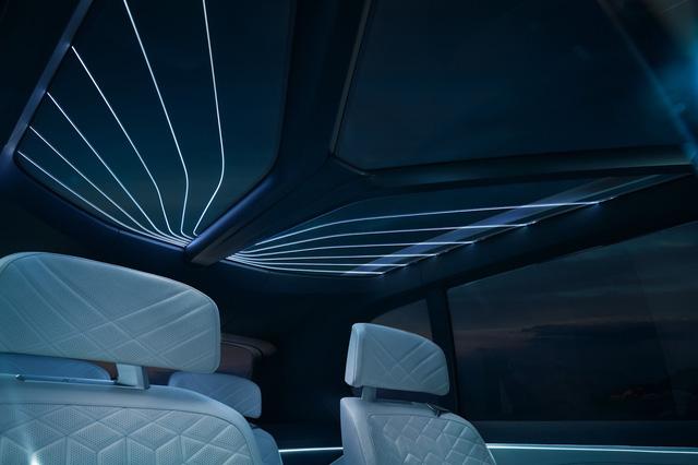 Diện kiến SUV hạng sang 7 chỗ BMW X7 iPerformance hoàn toàn mới - Ảnh 8.