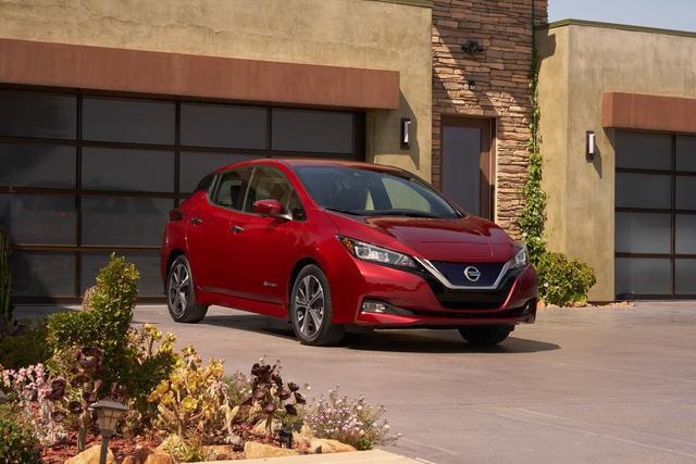 Nissan Leaf 2018 ra mắt với công nghệ nhiều như mây - Ảnh 2.