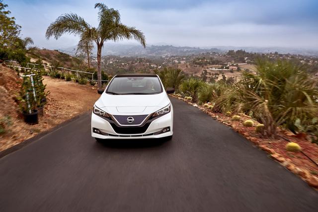 Nissan Leaf 2018 ra mắt với công nghệ nhiều như mây - Ảnh 7.