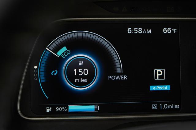Nissan Leaf 2018 ra mắt với công nghệ nhiều như mây - Ảnh 10.