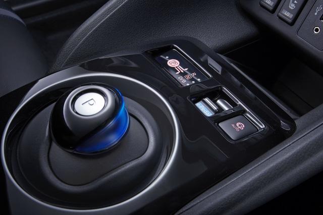 Nissan Leaf 2018 ra mắt với công nghệ nhiều như mây - Ảnh 16.