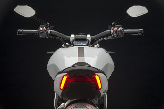 Ducati XDiavel 2018 đẹp mã hơn với màu sơn trắng mới - Ảnh 11.