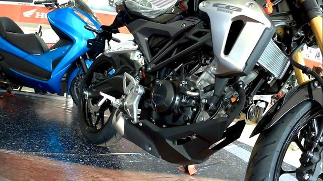 Naked bike khiến người Việt phát thèm Honda CB150R ExMotion đã xuất hiện tại đại lý - Ảnh 6.