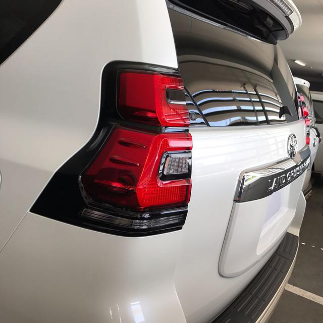Hình ảnh rõ nét nhất từ trước đến nay của Toyota Land Cruiser Prado 2018 ra mắt vào tuần sau - Ảnh 3.