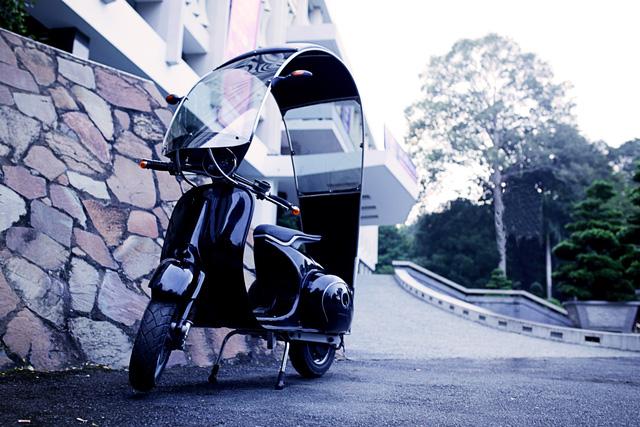 Xe máy điện có kiểu dáng giống Vespa cổ khiến cư dân mạng Việt tò mò - Ảnh 6.