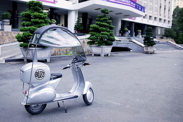 Xe máy điện có kiểu dáng giống Vespa cổ khiến cư dân mạng Việt tò mò - Ảnh 10.
