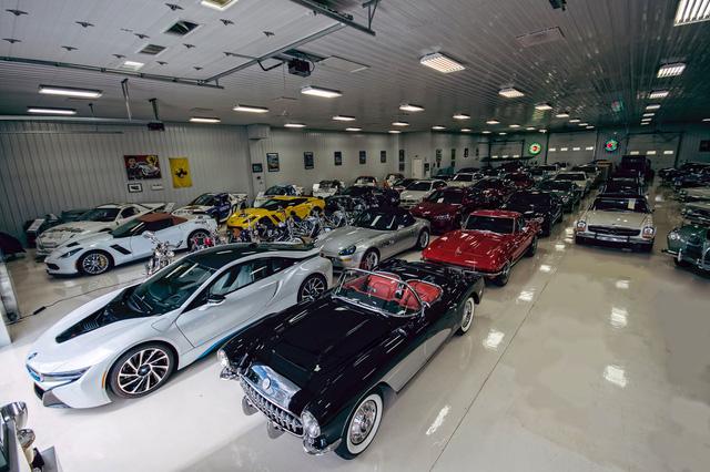 Gặp gỡ đại gia ngành đệm đã mua 13 chiếc siêu xe và xe sang trong năm nay - Ảnh 9.
