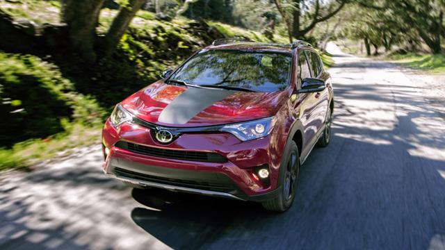 Phiên bản hầm hố nhất từ trước đến nay của Toyota RAV4 được chốt giá - Ảnh 3.