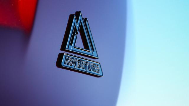Phiên bản hầm hố nhất từ trước đến nay của Toyota RAV4 được chốt giá - Ảnh 4.