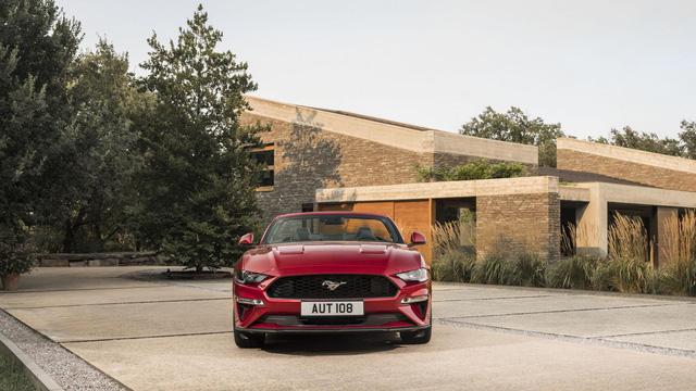 Ngựa hoang Ford Mustang 2018 đặt vó đến lục địa già - Ảnh 3.