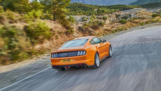 Ngựa hoang Ford Mustang 2018 đặt vó đến lục địa già - Ảnh 11.