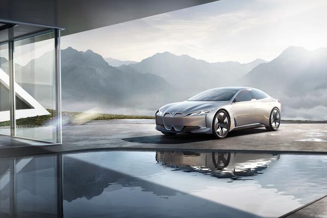 BMW ra mắt i Vision Dynamics hoàn toàn mới, không phải là i5 trong truyền thuyết - Ảnh 2.