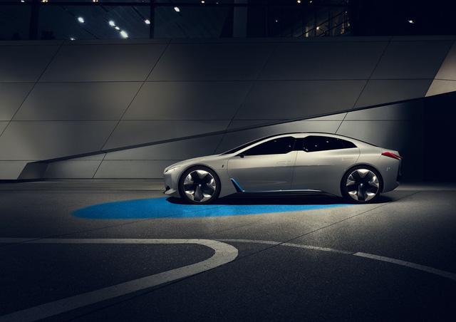 BMW ra mắt i Vision Dynamics hoàn toàn mới, không phải là i5 trong truyền thuyết - Ảnh 6.