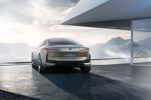 BMW ra mắt i Vision Dynamics hoàn toàn mới, không phải là i5 trong truyền thuyết - Ảnh 10.