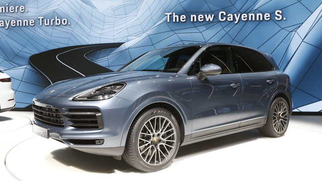 Porsche Cayenne 2018: Mới từ bình đến rượu - Ảnh 1.