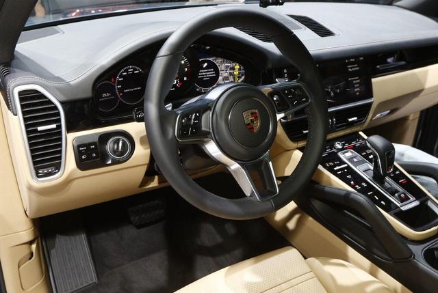 Porsche Cayenne 2018: Mới từ bình đến rượu - Ảnh 4.
