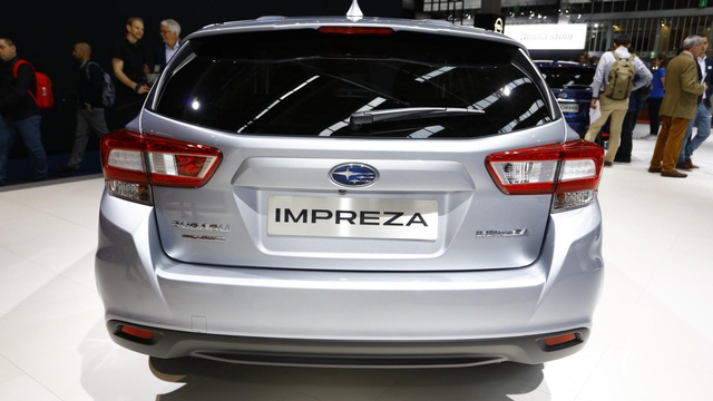 Subaru Impreza 2018: Rộng rãi và an toàn hơn - Ảnh 5.