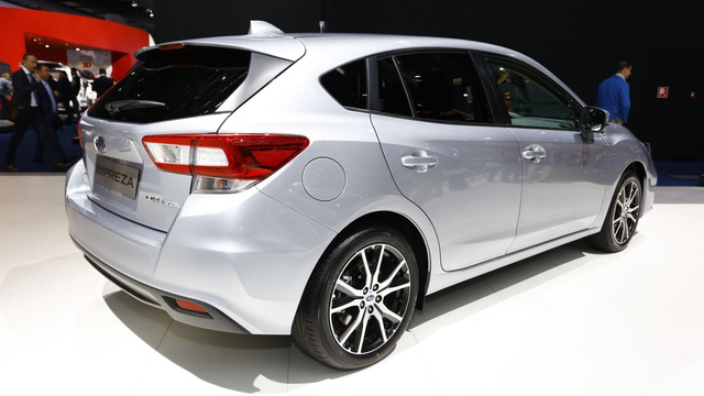 Subaru Impreza 2018: Rộng rãi và an toàn hơn - Ảnh 7.
