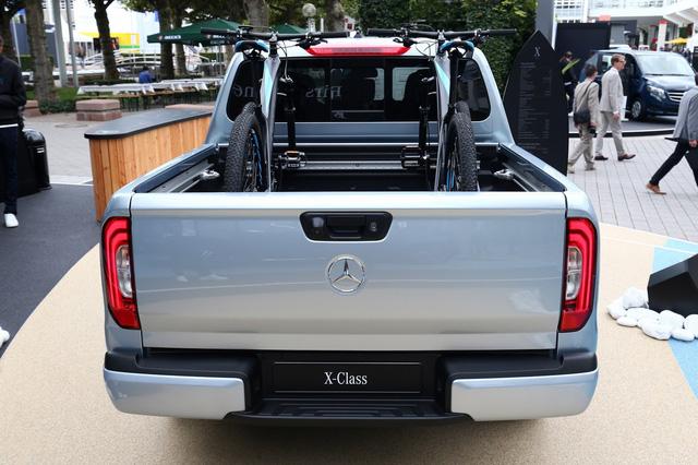Mercedes-Benz mở bán SUV hạng sang X-Class tại triển lãm Frankfurt 2017 - Ảnh 4.