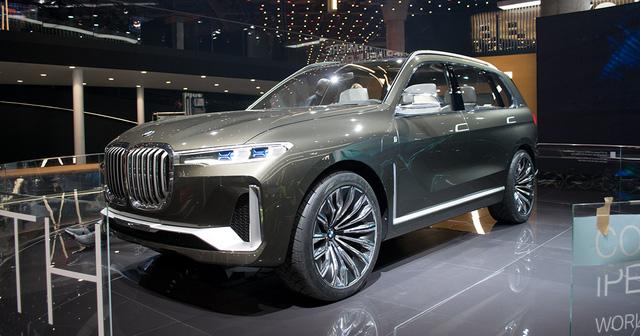 Mãn nhãn với vẻ đẹp ngoài đời thực của BMW X7 iPerformance - đối thủ tương lai dành cho Lexus LX - Ảnh 3.