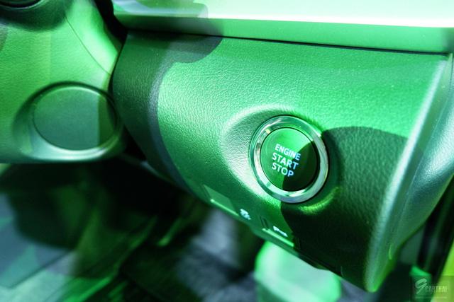 Toyota Yaris 2017 sẽ về Việt Nam ra mắt tại Thái Lan, giá từ 329 triệu Đồng - Ảnh 10.