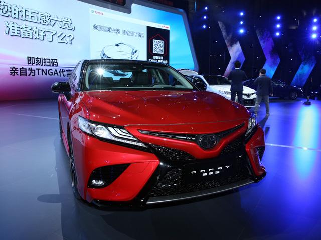 Toyota Camry 2018: Xe hot thị trường Châu Á ảnh 2