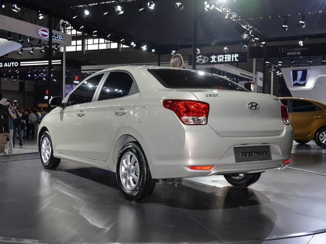 Phiên bản bình dân của Hyundai Accent được bày bán với giá chưa đến 180 triệu Đồng - Ảnh 7.