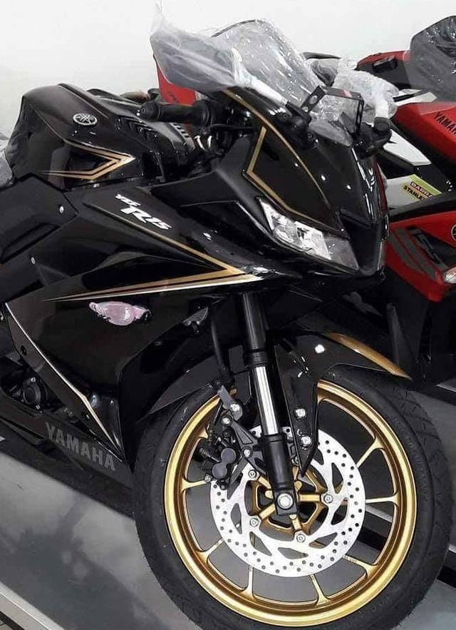 Bắt gặp Yamaha R15 3.0 phiên bản đặc biệt mới tại đại lý - Ảnh 2.
