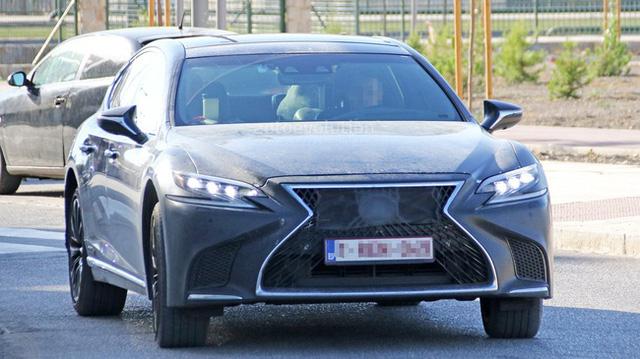 Lộ hình ảnh được cho là của sedan hiệu suất cao Lexus LS F 2018 - Ảnh 1.