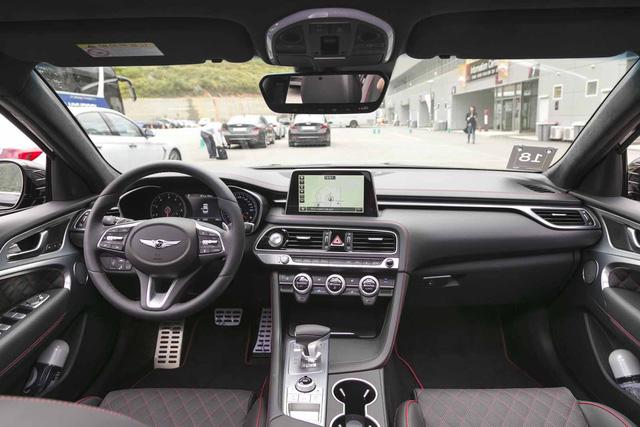 Đây là diện mạo bằng xương, bằng thịt của sedan thể thao Genesis G70 mới ra mắt - Ảnh 9.