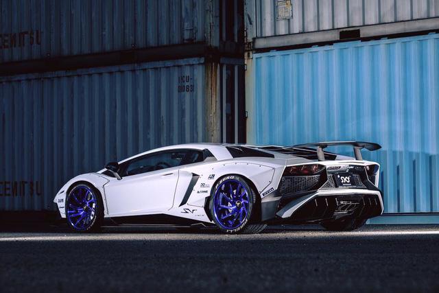 Gói độ thân rộng của Liberty Walk đưa Lamborghini Aventador SV lên một tầm cao mới - Ảnh 3.