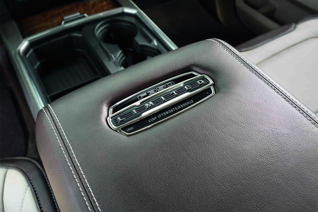 Ford F-Series Super Duty Limited - Limousine của dòng xe bán tải cỡ lớn - Ảnh 7.