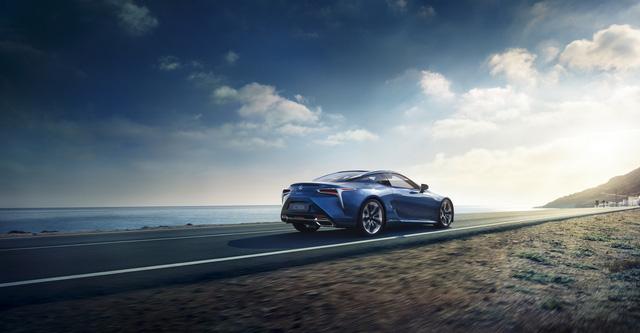 Lexus LC 2018 mang màu sơn đặc biệt được phát triển trong suốt 15 năm - Ảnh 9.