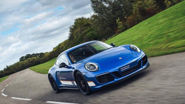 911 GTS British Legends Edition - Xe tôn vinh những chiến thắng lịch sử của Porsche - Ảnh 10.